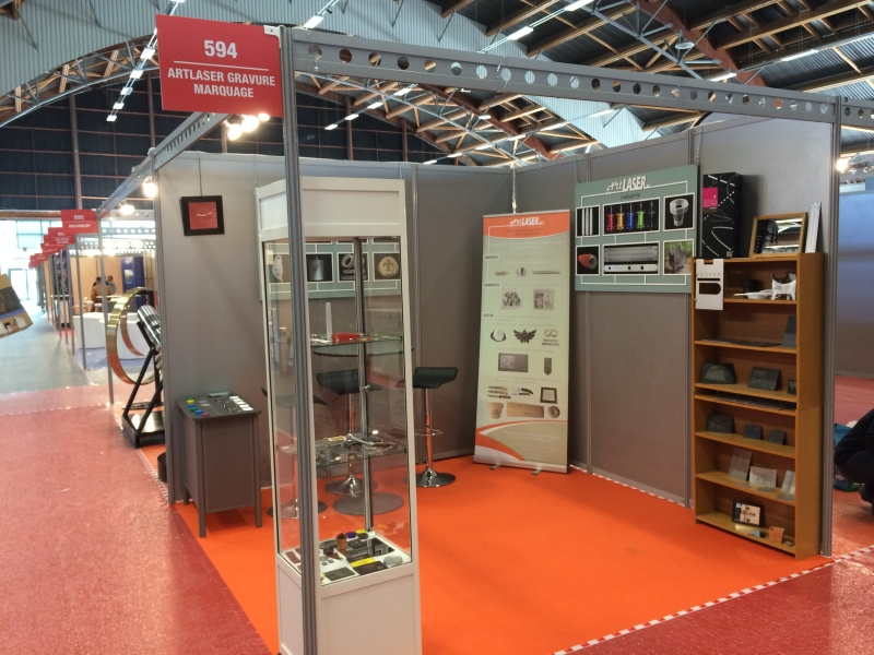 Artlaser presse for Industrie salon